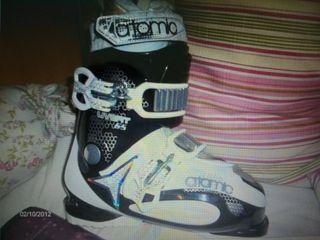 Botas de esquí N 38,5 Atomic