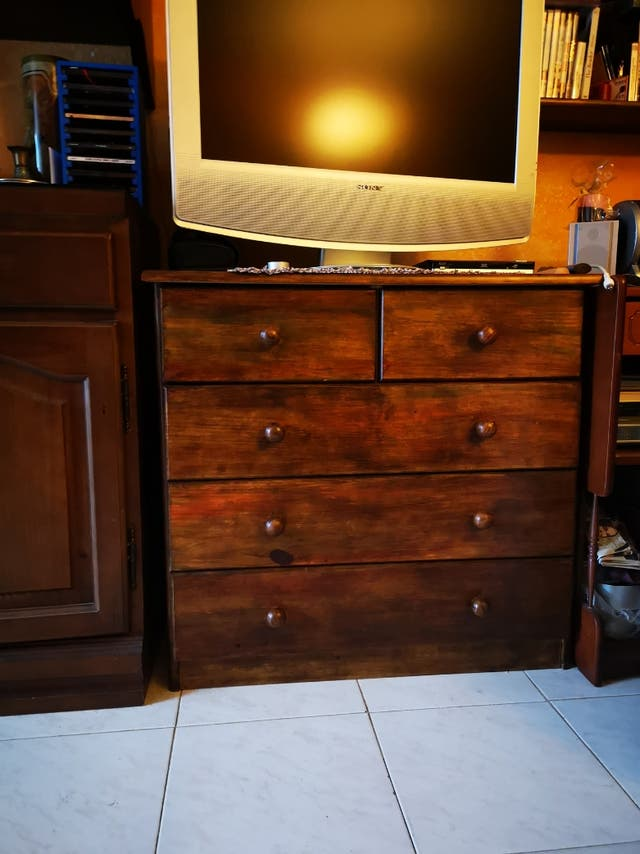 Mueble cajonera de 5 cajones madera te ida de segunda mano - Segunda mano muebles girona ...