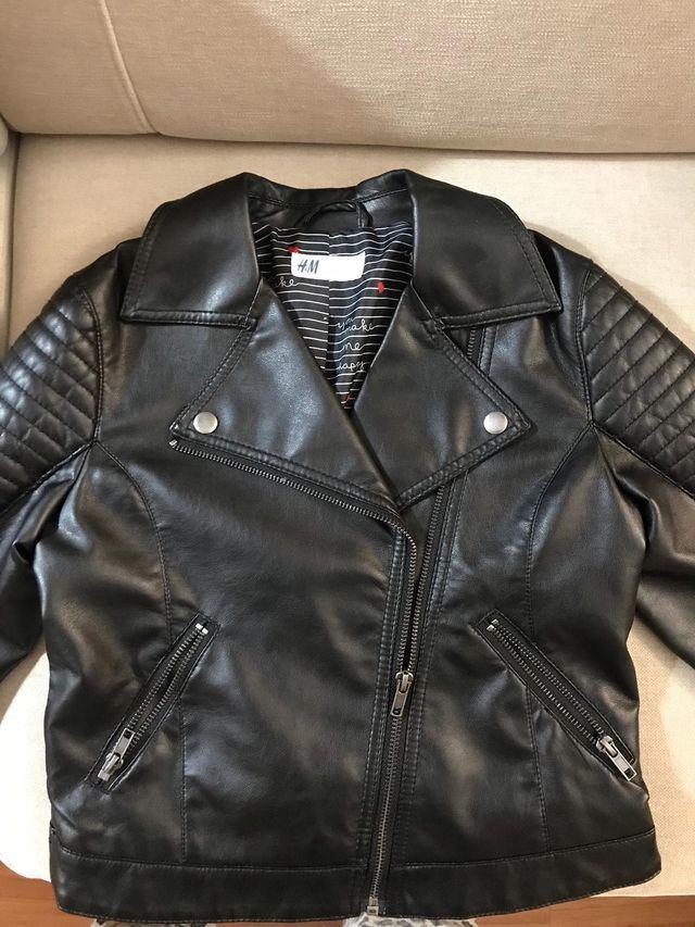 diseño unico gran variedad de disfrute del envío de cortesía Cazadora Biker negra niña talla 10-11 marca H&M de ...