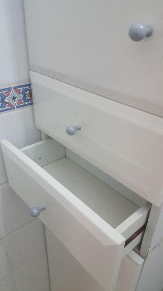 Armario blanco almacenaje