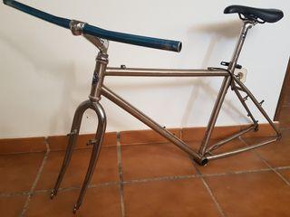 cuadro y horquilla de acero monty bicicleta