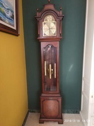 Reloj Tempus Fugit