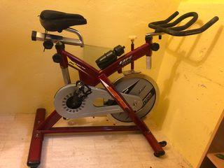 Bicicleta Indoor Spinning BH SB2