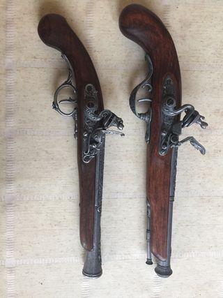 Pistolas decorativas