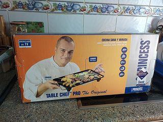 Plancha de cocina. Ningún uso.