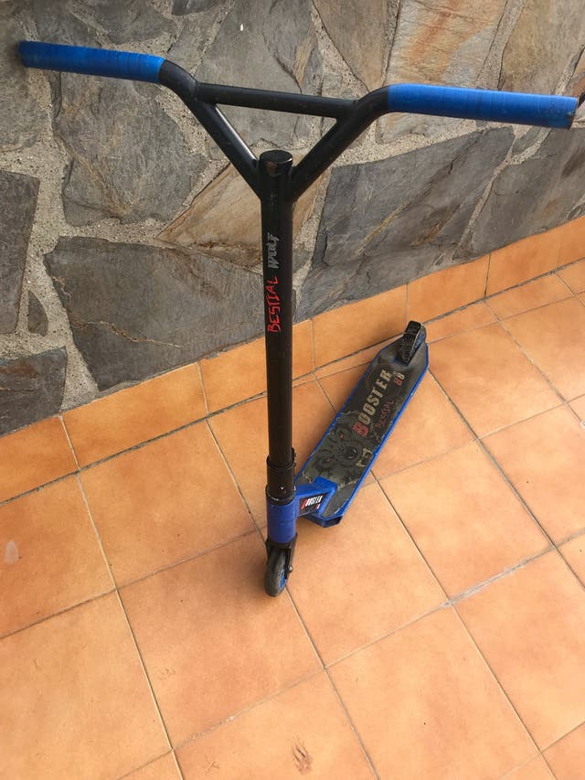 Patinete Bestial Woolf booster