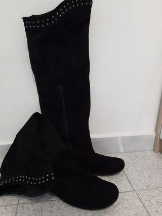 Botas altas negras de segunda mano en Mollet del Vallès en