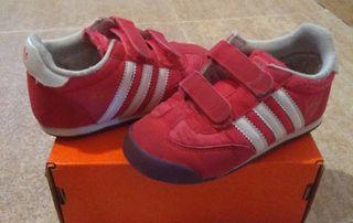Deportivas Adidas N°26.