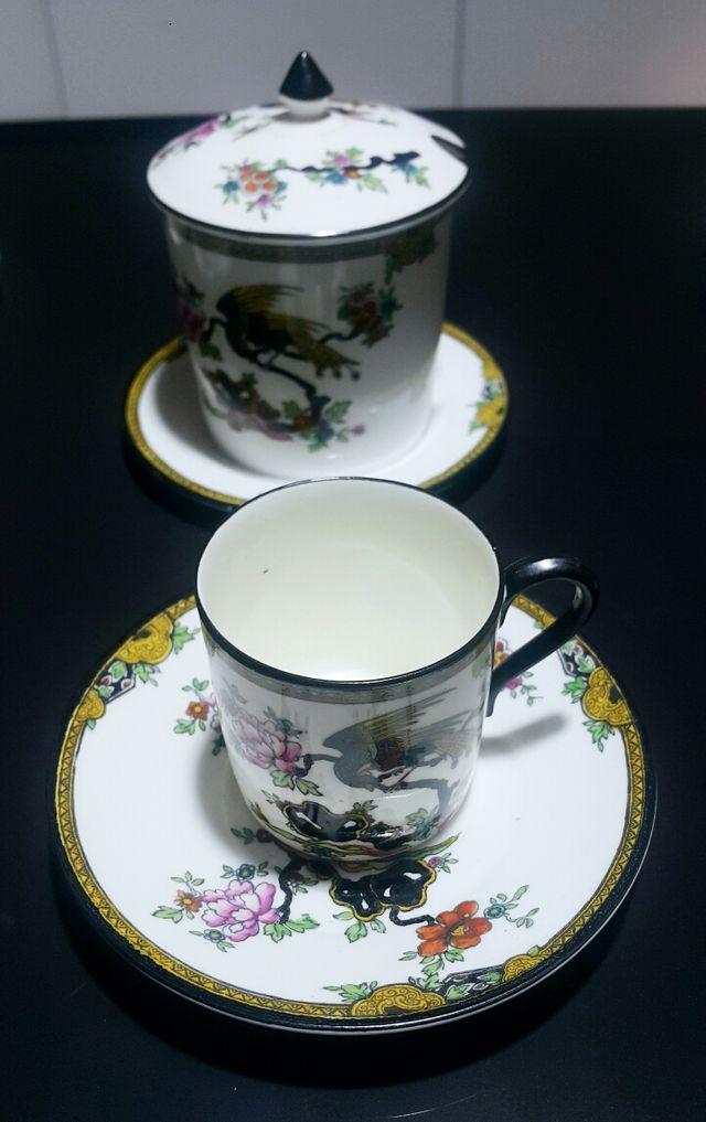 Juego café - Té antiguo, porcelana fina.