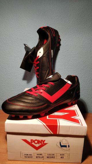 Botas de fútbol marca Pony nuevas. Talla 45