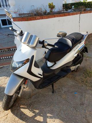 piaggio beverly 250cc