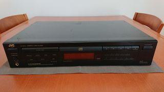 1991 / JVC XL-V252 COMPACT DISC PLAYER