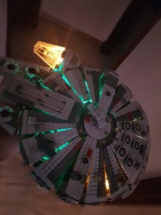 Lego Star Wars Halcon Milenario Original con luz
