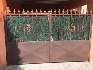 Puerta Valla Verja Chalet Garaje Jardín