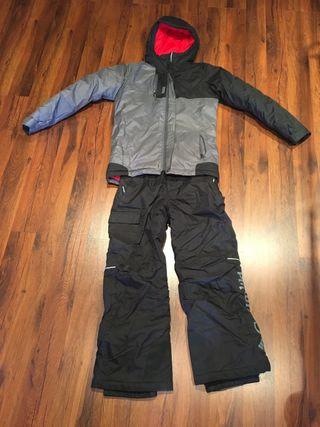 dca82a9a91b Ropa de esquí Columbia de segunda mano en WALLAPOP