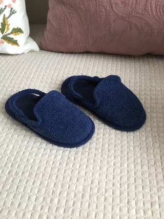 Zapatillas. N-23
