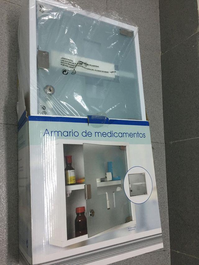 Armario medicamentos