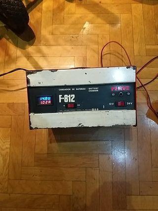 cargador baterías 12-24v ferve