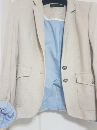 Chaqueta americana Zara talla M beige