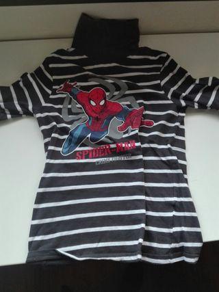 polo de Spider-Man.