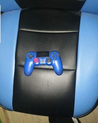 PS4 + MANDO
