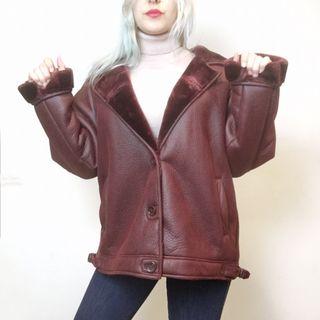 Cazadora oversize burgundy Pull&Bear