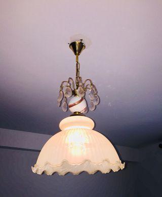 Lámpara antigua de techo, incluye bombilla.
