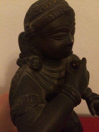 Estatua del dios de la fertilidad