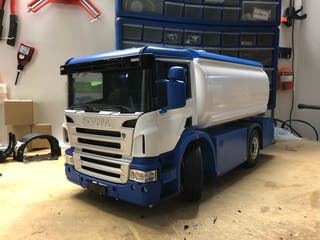 Camion Scania 1/14 cisterna tamiya rc rtr