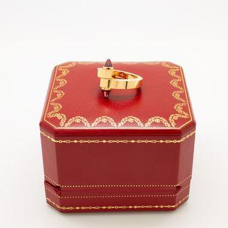 Anillo Cartier en oro 18k con rubí