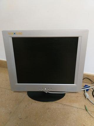 """Monitor Namsung 17"""" TFT LCD (venta en Paiporta)"""