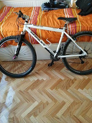 Bicicleta de montaña grisley mega comp.