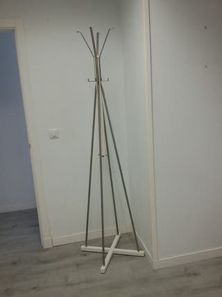 Perchero de pie Ikea