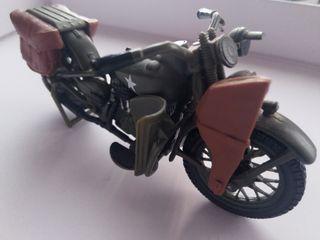Harley Davidson miniatura guerra
