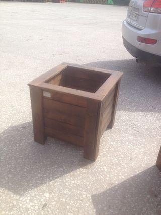 macetero de madera