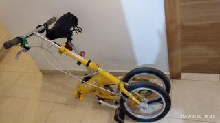 bicicleta DAHON plegable pequeña y ligera