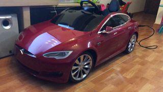 Coche Tesla model s para niños