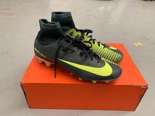 Botas de fútbol Nike CR7 un uso Talla 40