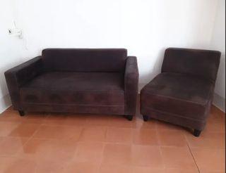 Conjunto sofá marrón chocolate vintage + sillón