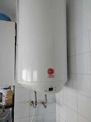Termocalentador electrico de agua seminuevo
