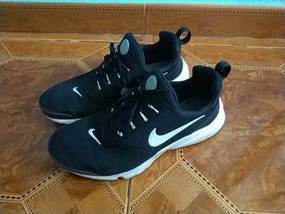 36aa3833f9f7 Zapatillas Nike Presto de segunda mano en WALLAPOP