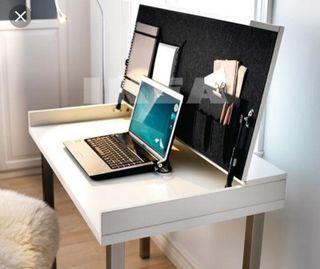Vendo escritorio blanco abatible