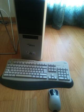 Ordenador Clásico Retro Fujitsu 600