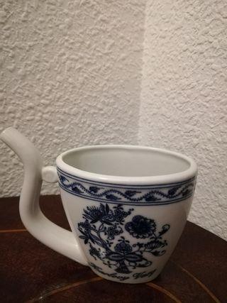 jarra pequeña de porcelana