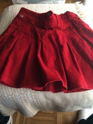 Falda de Mayoral . Talla 7