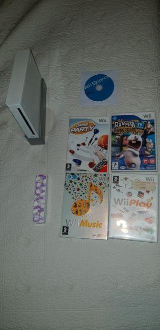 Wii completa y en funcionamiento con juegos.