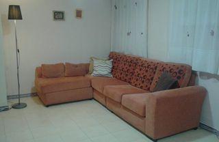 sofá con chaeslong