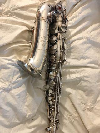 Saxofón Alto Beaugnier