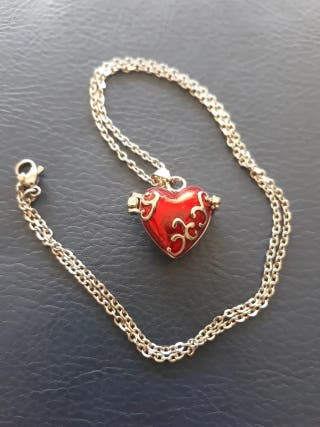 Heart woman necklace