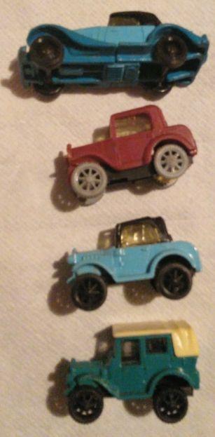 coches antiguos huevo Kinder